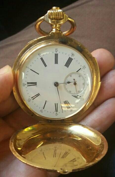 Identification d'une montre de poche en or Img-2012