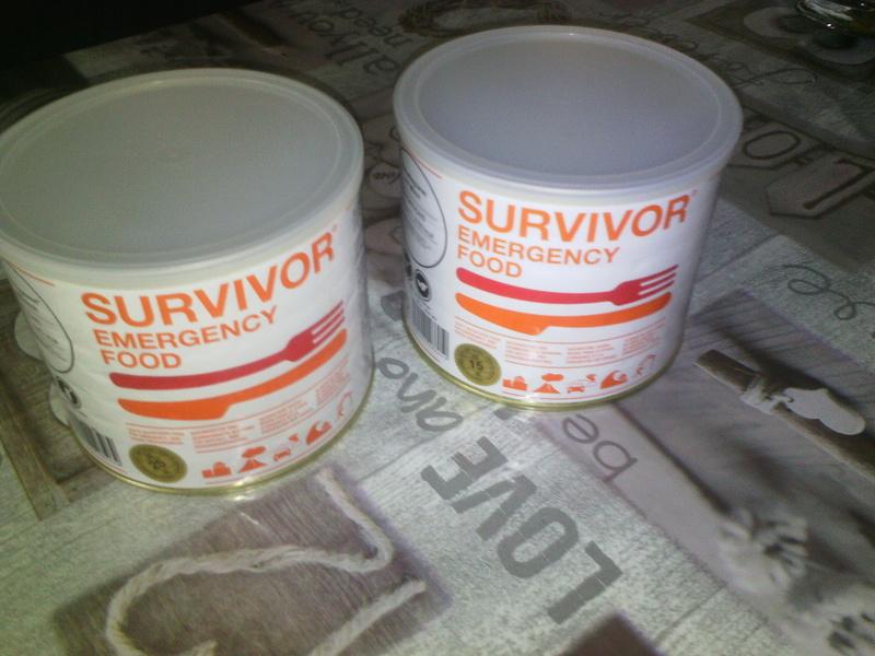 mon petit stock de nourriture d'urgence  Survi10