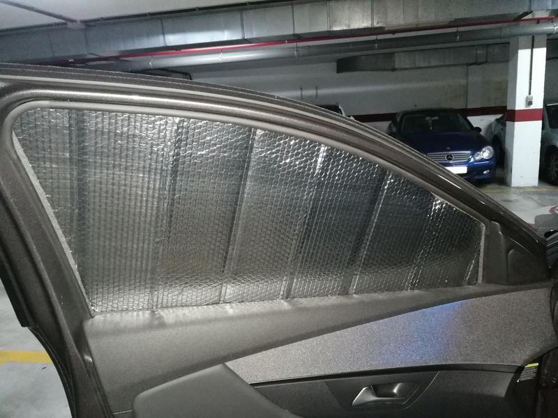 Parasoles ventanillas delanteras y funda pantalla multimedia Img_2015