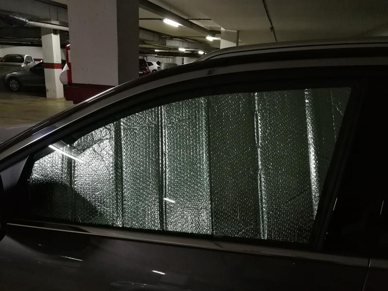 Parasoles ventanillas delanteras y funda pantalla multimedia Img_2016