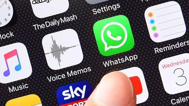 WhatsApp boss and co-founder Jan Koum to quit _1011111