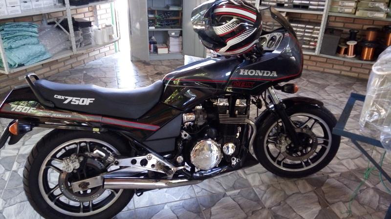 Restauração CBX 750F 1988 - Magia Negra. Img-2010