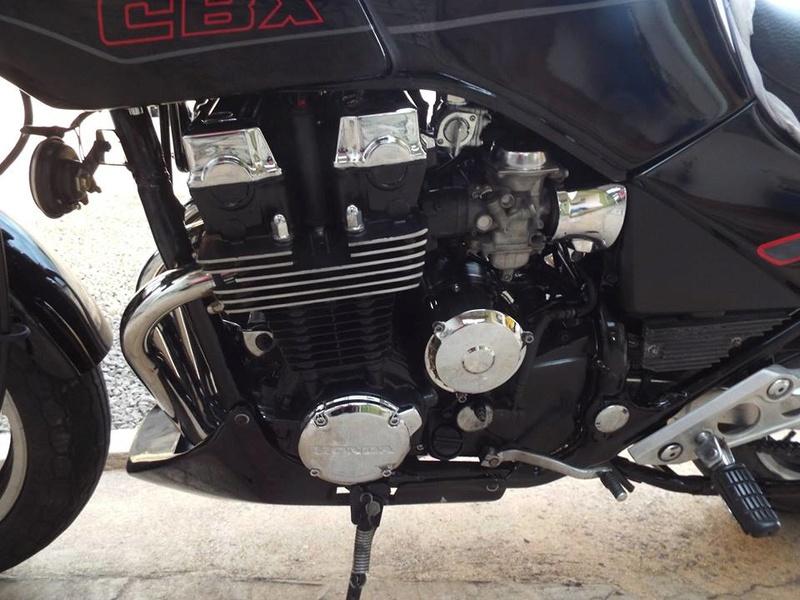 Restauração CBX 750F 1988 - Magia Negra. Termin27