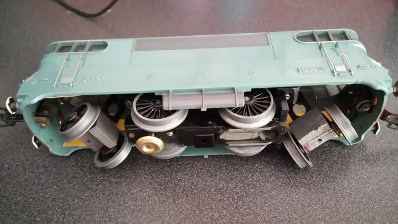Recherche motorisation complète Hornby 9201 Dsc_1416