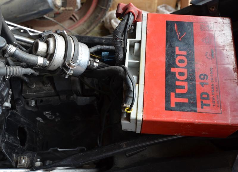 F650 Scarver batterie Bmw_f617