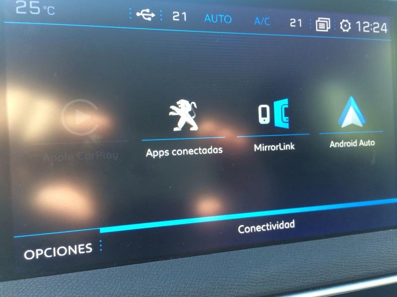 Duda Conexion USB y conection TOMA DE MECHERO Whatsa12