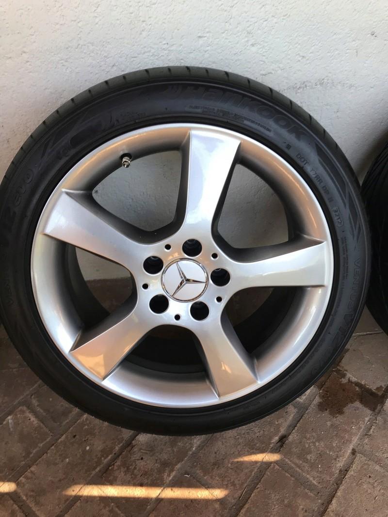Vendo Jogo de 4 rodas originais Mercedes W203 C350 R$ 3.500,00 Img_2817