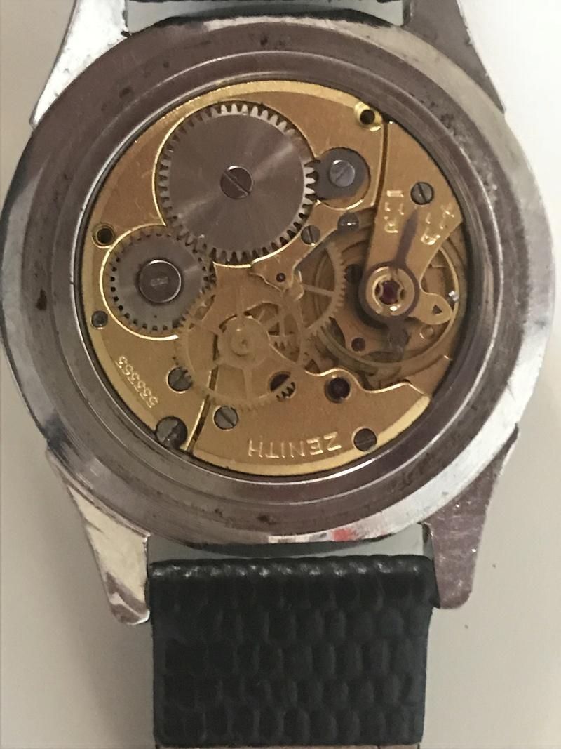 Jaeger -  [Postez ICI les demandes d'IDENTIFICATION et RENSEIGNEMENTS de vos montres] - Page 23 1b1d6a10