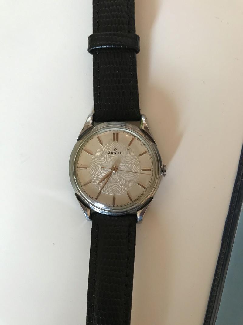 Jaeger -  [Postez ICI les demandes d'IDENTIFICATION et RENSEIGNEMENTS de vos montres] - Page 23 9856e910