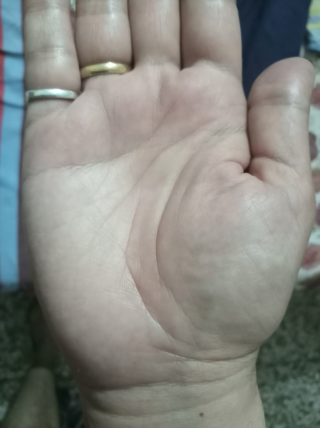 Not able to identify sign on my hand 20180412