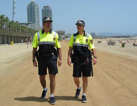 Nueva uniformidad de SECURITAS - Página 2 Platja10