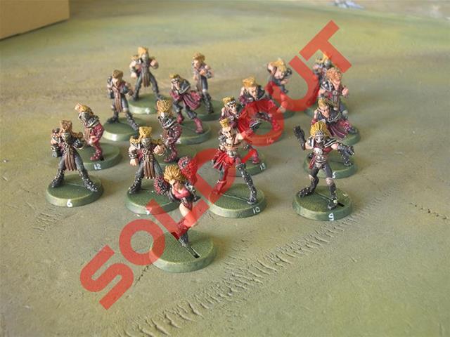 A vendre !! puissante équipe BB rouge et noir !! c'est dire Dscn8017