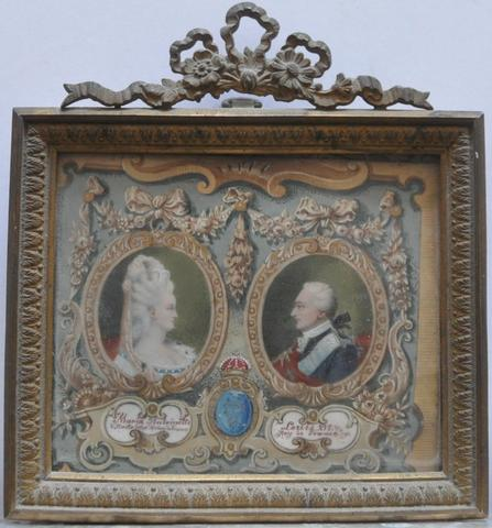 A vendre: Louis XVI et Marie Antoinette - Page 6 12502310