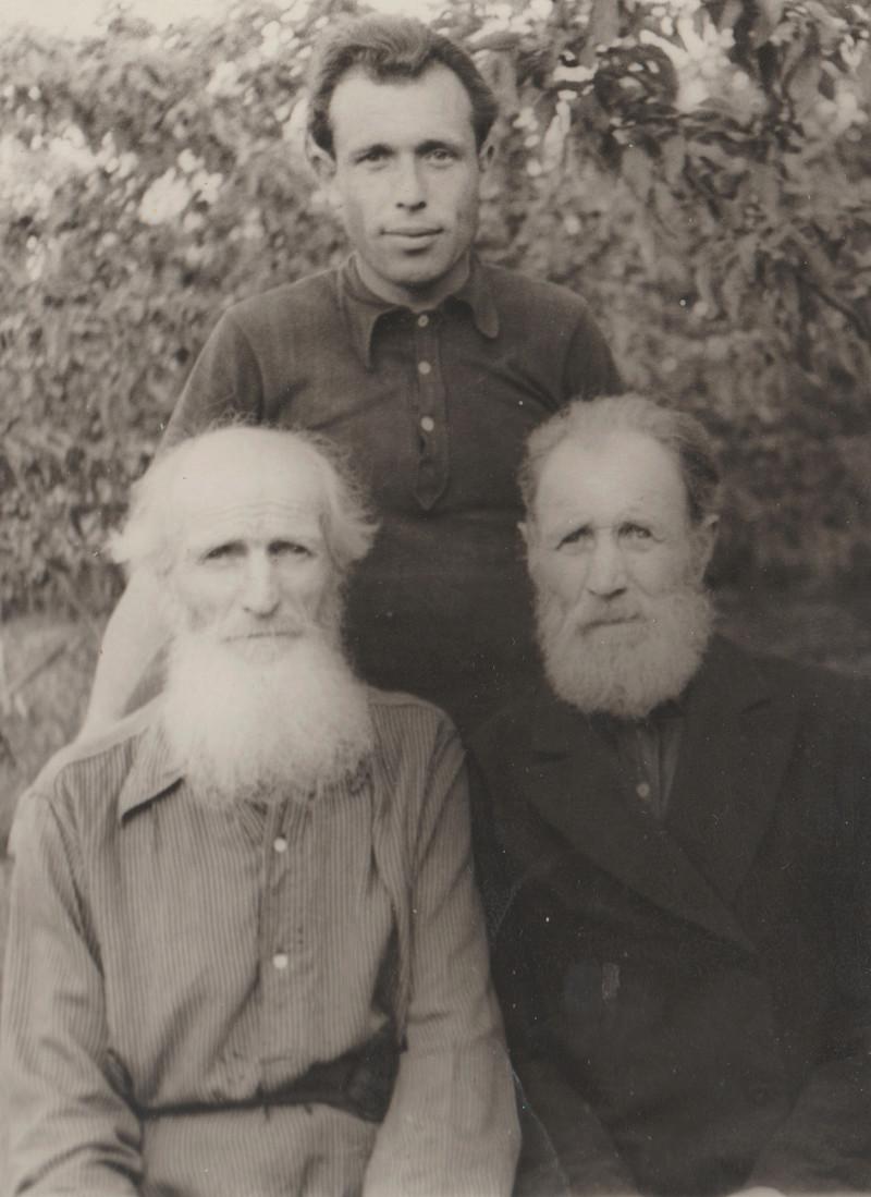 Зайцевы из села Каверино Каширского уезда, отзовитесь, возможно мы с вами имеем общие корни. Поможем друг другу продвинуться в поиске. 1957_e10