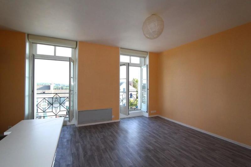 J'enménage dans mon 1er appart, Quelle couleur pour matché/remplir les murs ?  252_1510