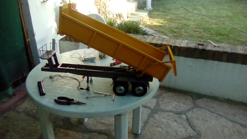 mi proyecto de volcador de dos ejes Img_2011