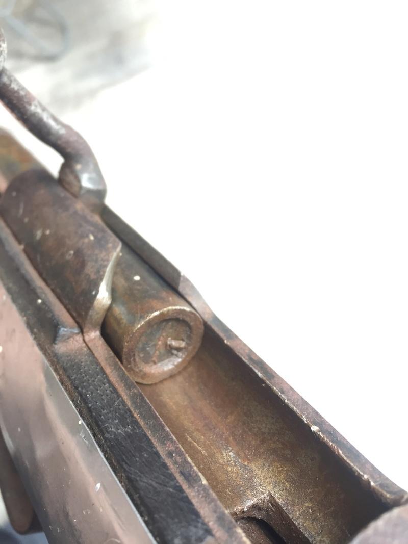 Besoin d'aide pour une carabine trouvé  76486810