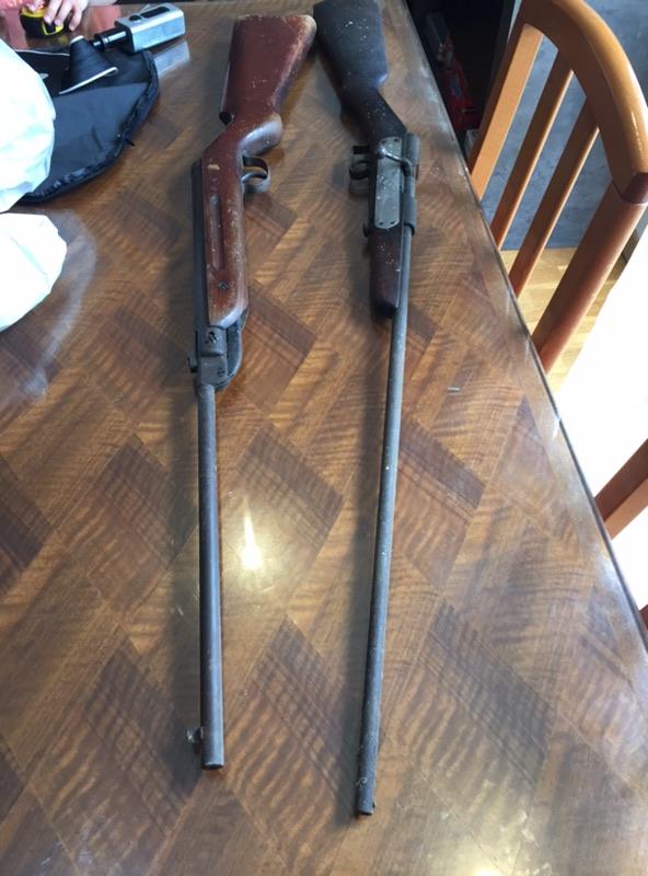 Besoin d'aide pour une carabine trouvé  Img_1215