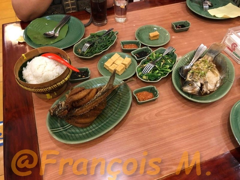 Voyages culinaires et philosophiques (suite) à Da Nang, vietnam - Page 10 A75