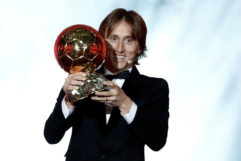 """Ballons d'or - tentative d'""""explication sur les années de coupes du Monde. A90"""