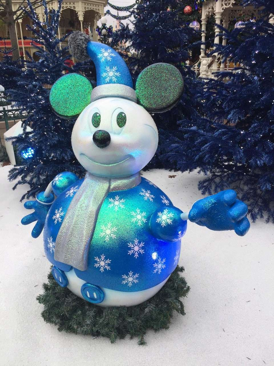 2018 - Noël Enchanté Disney® - dal 10/11 al 6/1/2019 - Pagina 8 001c10