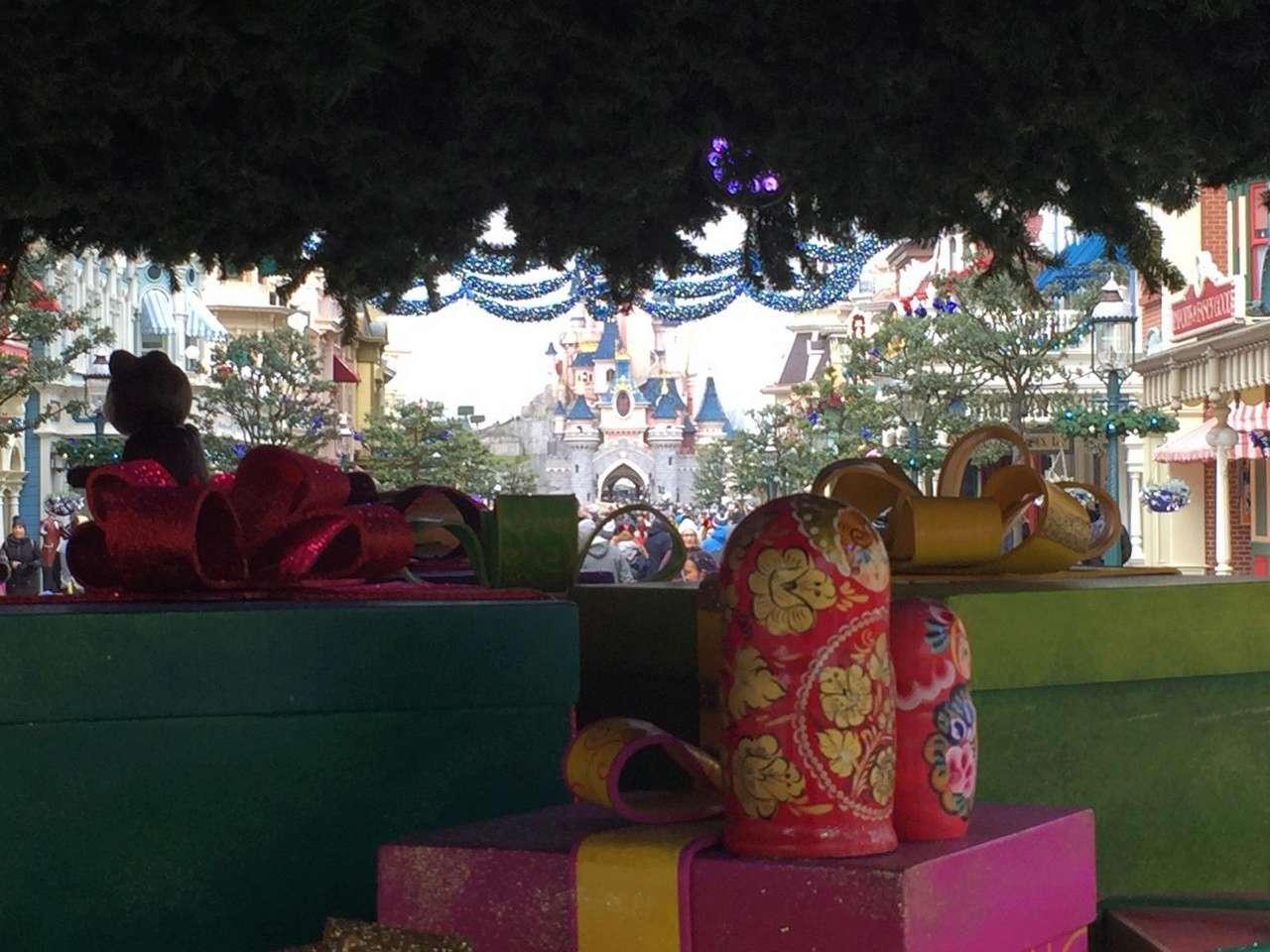 2018 - Noël Enchanté Disney® - dal 10/11 al 6/1/2019 - Pagina 8 01010