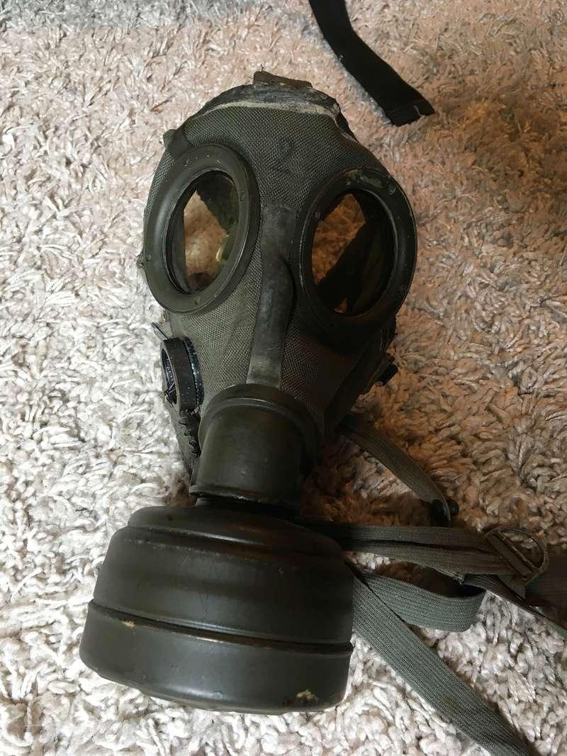 Masque a gaz allemand seconde guerre mondiale. Img_2917
