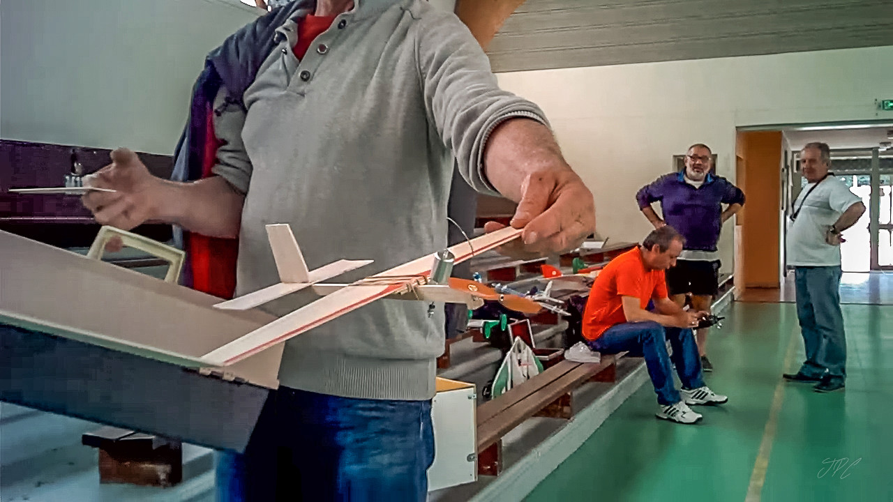 Photos prises au mini drone baby elfie à 50 € qui tient dans la poche du jean  Img_2038