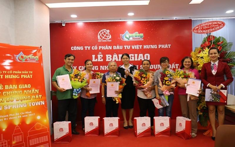 Địa ốc Việt Hưng Phát thành công với các phương châm hoat động song hành với hoạt động xã hội Viet-h10
