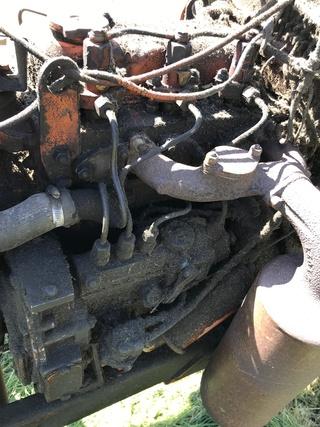 Pompe à injection sur un N 71 Image10