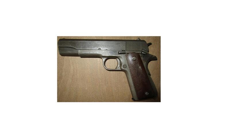 Colt original WW2 ? Colt_110