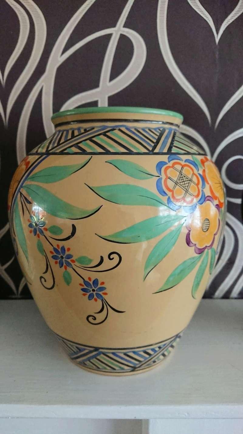 Poole Pottery Trial Vase? Dsc_1717