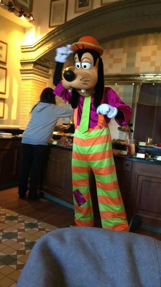 Brunch domenicale al Disneyland Hotel 2cmeh10