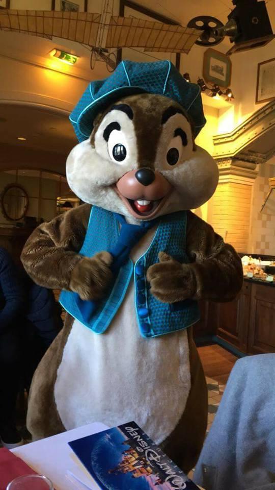 Brunch domenicale al Disneyland Hotel 2cmej10