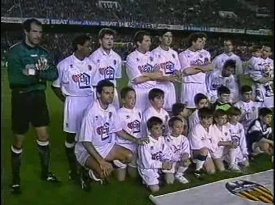 Copa del Rey 1994/1995 - Octavos de Final - Vuelta - Valencia CF Vs. Real Madrid (400p) (Valenciano) Val21r13