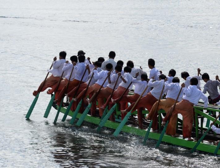 Balade en SUP sur le lac Inya au coeur de Yangon Multi_10
