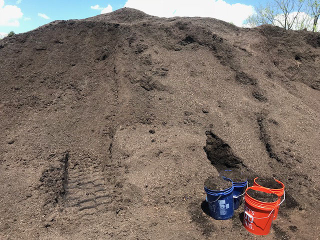 Compost pile in Schwenksville PA. Compos13