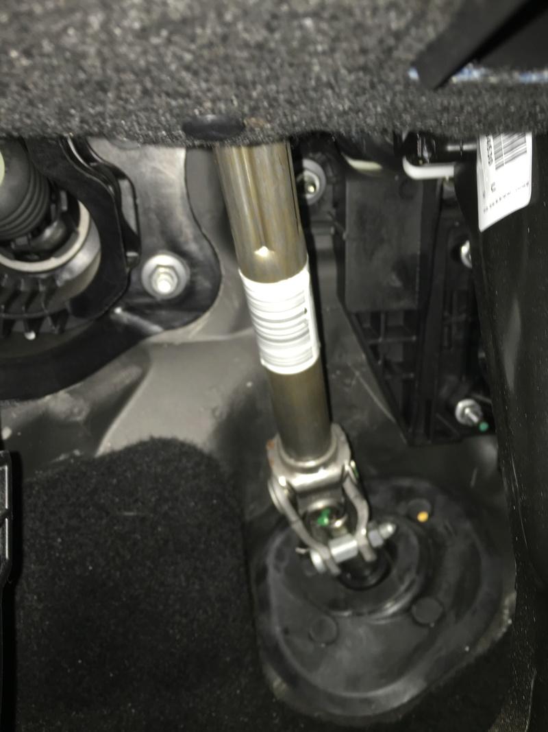 Embellecedor parte baja Volante  A5305a10