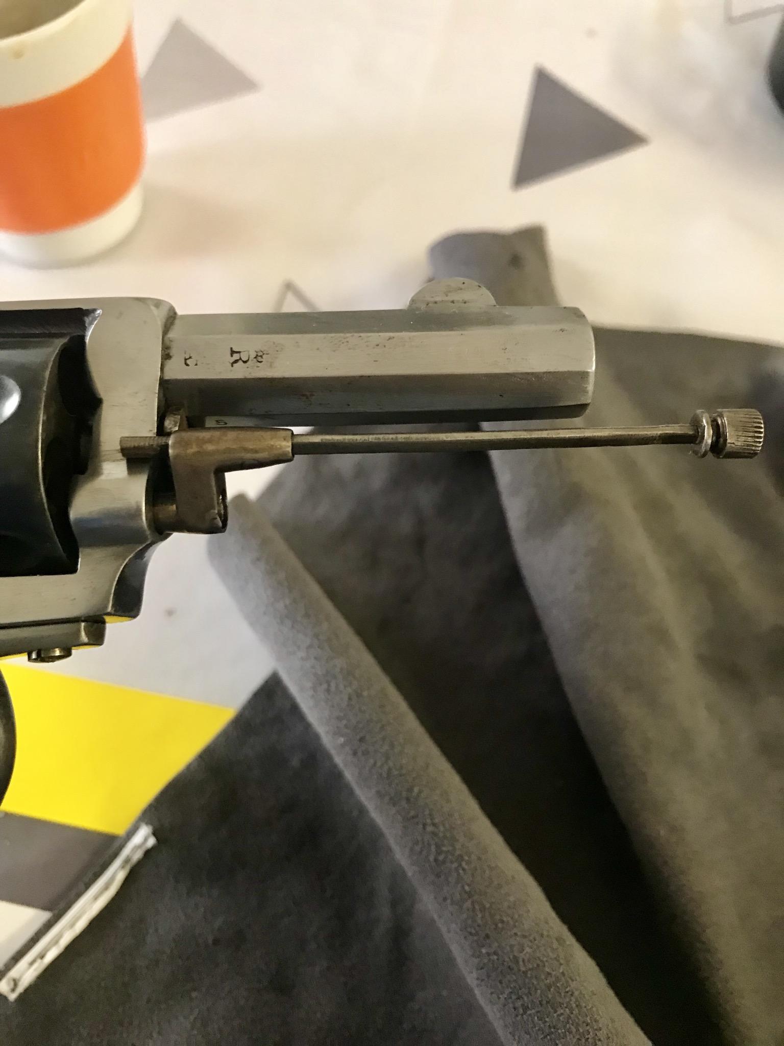 Tige d'extraction se bloque pas revolver type bulldog  Caec9b10