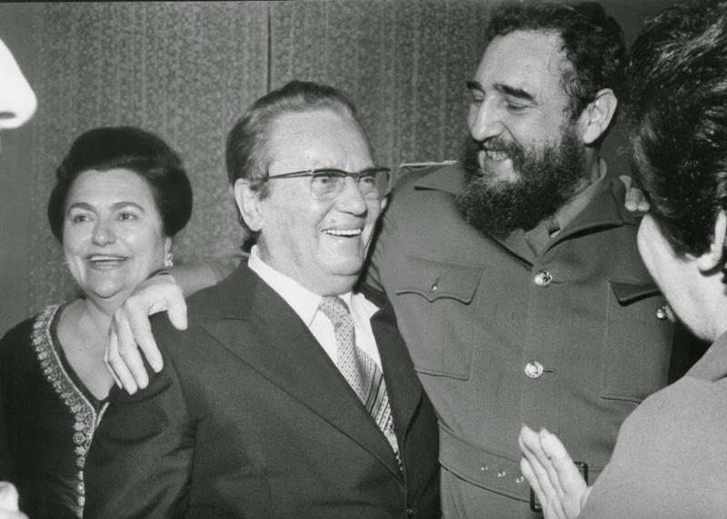Crítica a la última broma de Fidel Castro en el 70 aniversario de la victoria soviética sobre el fascismo; Equipo de Bitácora (M-L), 2015 6_d_ma11
