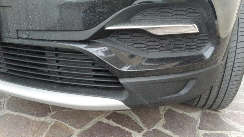 Mancanza fendinebbia su Grandland X Innovation 1200cc turbo P_201811