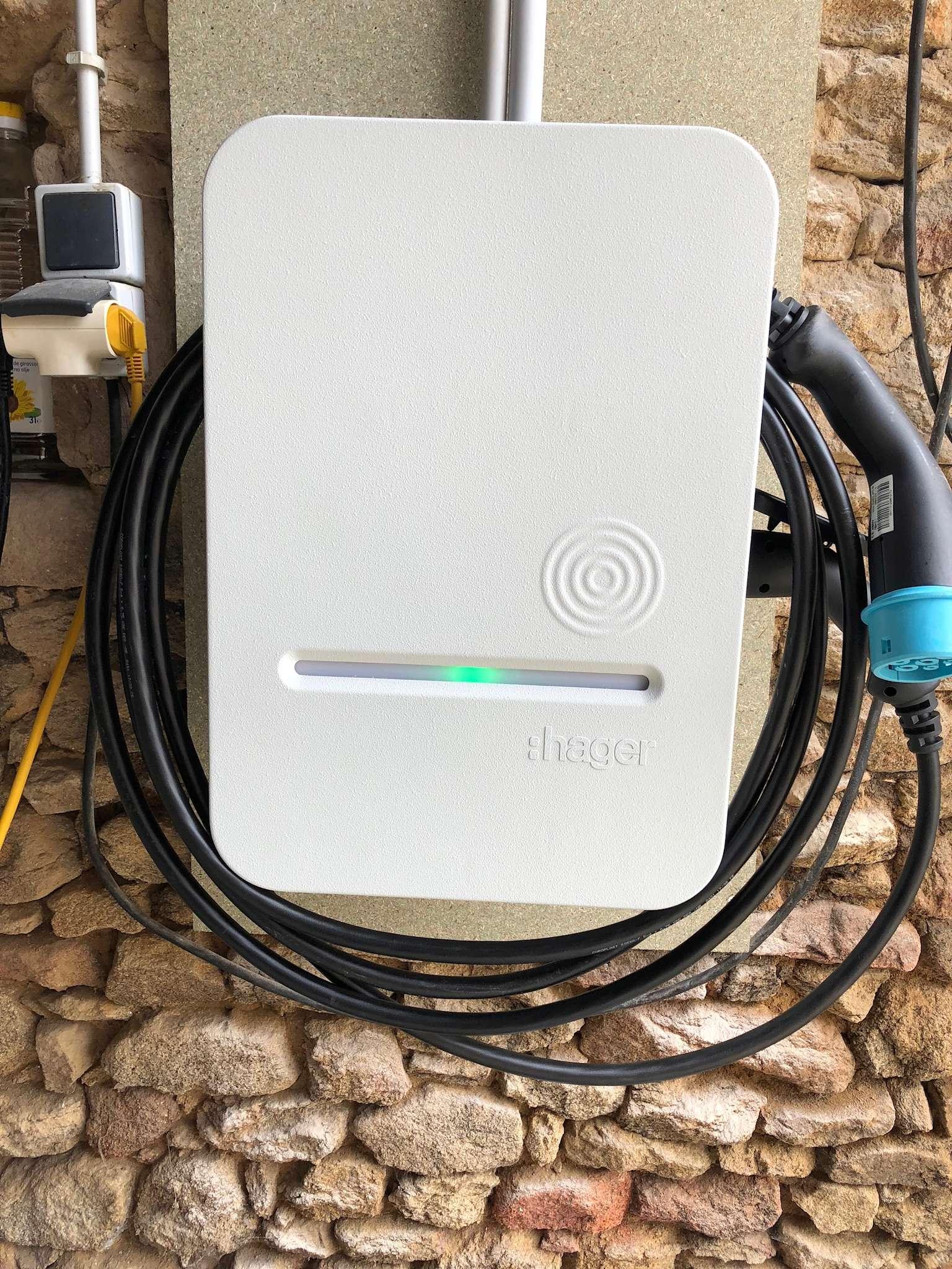 Demande de renseignement borne de recharge installée à distance - Page 2 917deb10