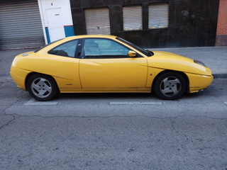 Vendo coupé para piezas Img_2010