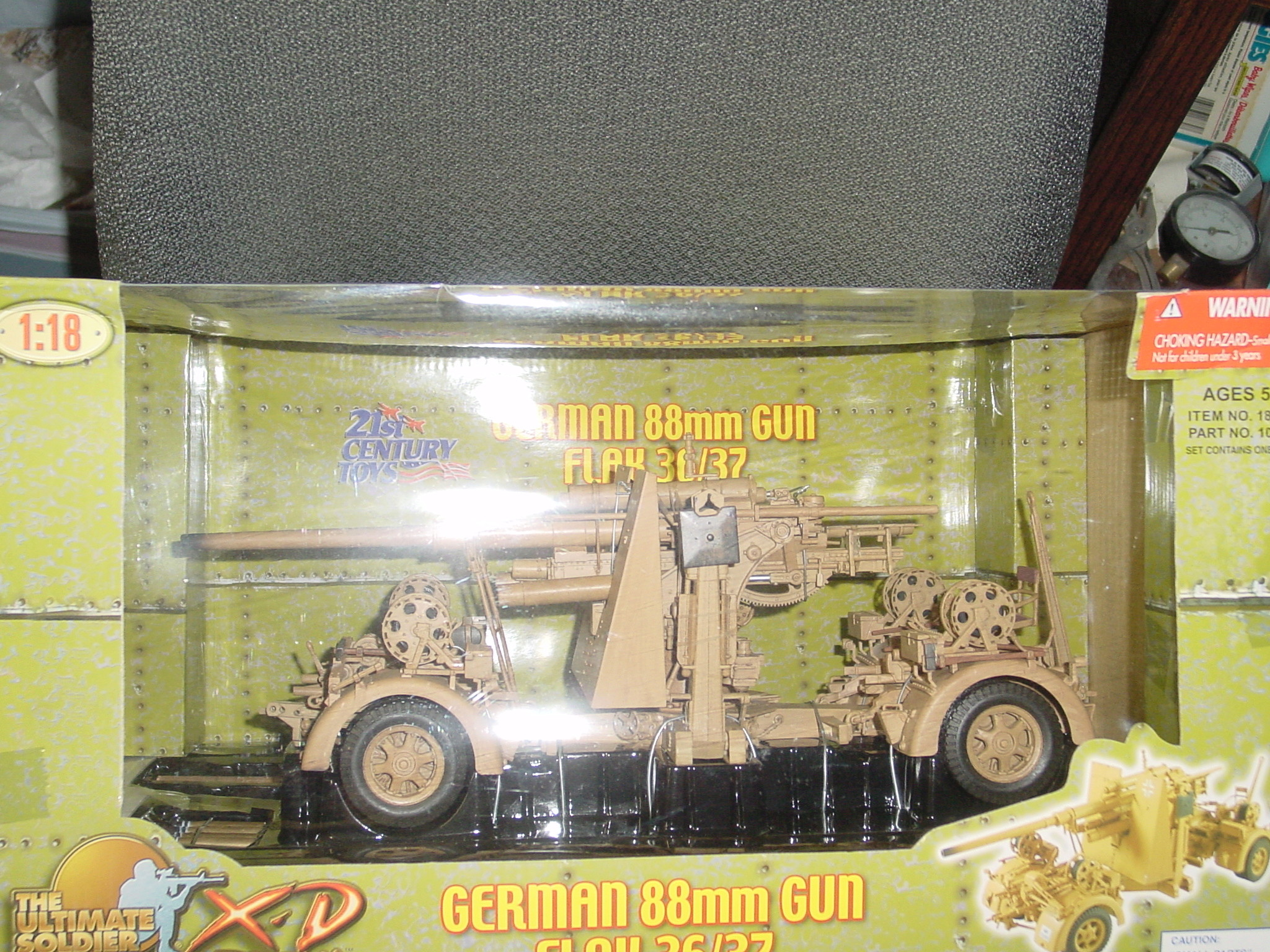 1/18 Ultimate Soldier German 88mm Gun Flak 36/37 Dsc00031
