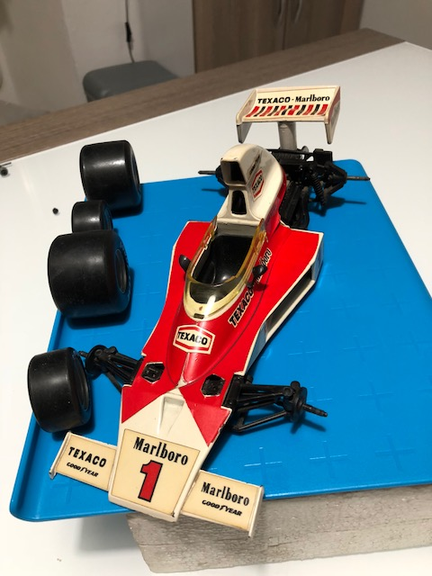 F1 McLaren M23 Emerson Fittipaldi 1973-78 Polistil Img_1713