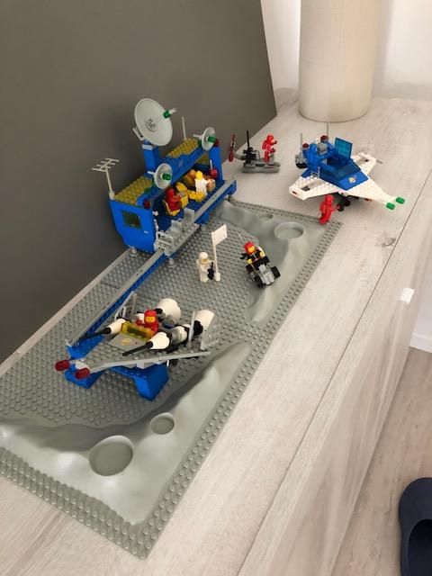 Lego 6970 - Base spaziale Beta 1 - 1981 + ASTRONAVE  Img_1810