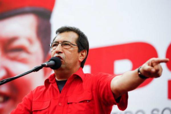 """Hermano del Comandante Chávez: """"Hay evidencias de que a Hugo lo mató un plan del imperio"""" Adan-c10"""