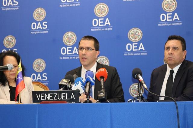 """Canciller Arreaza: """"Nosotros como Estado soberano tenemos el derecho de retirarnos de la OEA"""" Dfbybe10"""