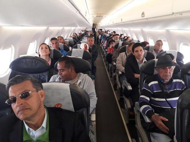 Venezolanos regresan desde Chile a Venezuela