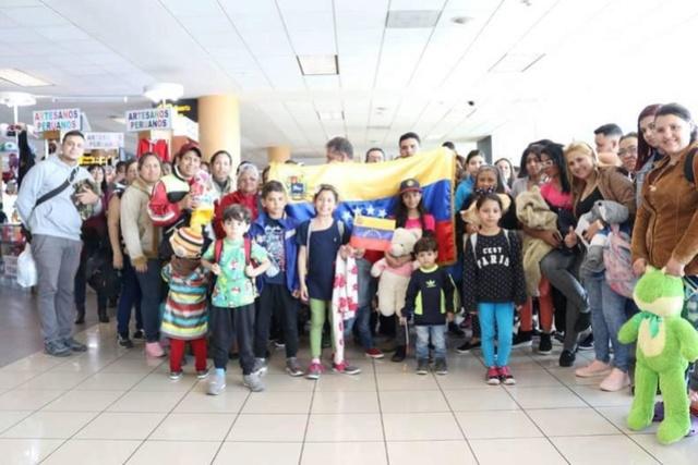 Venezolanos en el extranjero regresan a Venezuela